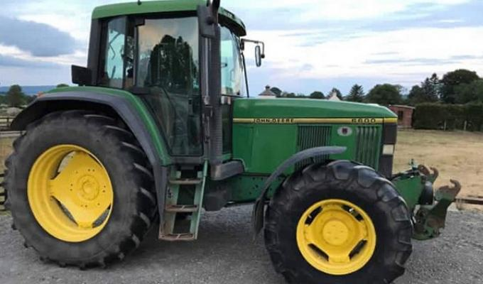 John Deere 6600 (DUE IN)