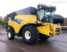 New Holland CR9060