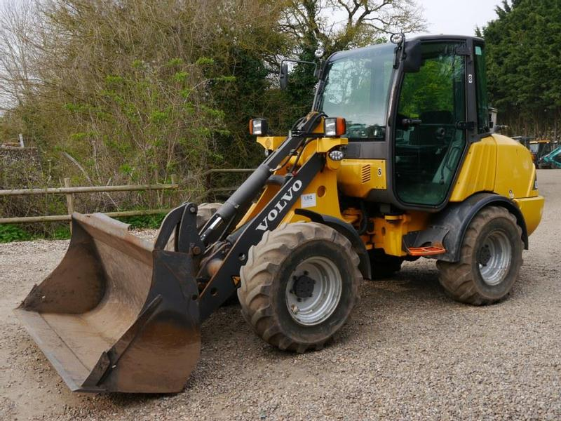 Volvo L25B Loading Shovel