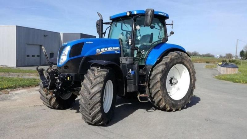 New Holland T7.210ACSWII