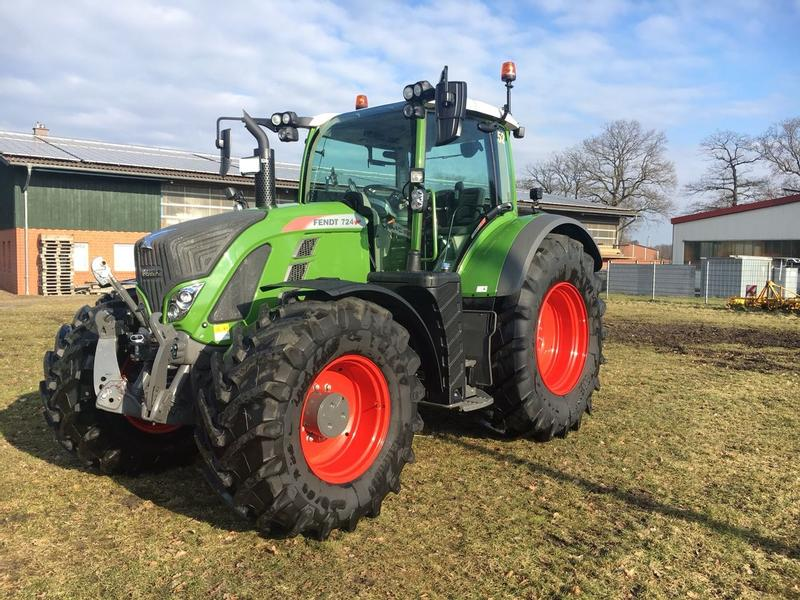 Fendt 724 S4 Profi Plus